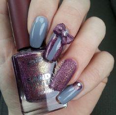 Jadealeese violet bow nails