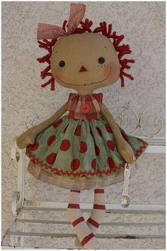 This is a really cute little Raggedy Ann :)