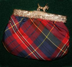 Vintage tartan coin purse with Scotty clasp.