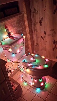 lighting, toilet, elf approv, elf on the shelf ideas, christmas lights, shelf light, christma light, elves, upstairs bathrooms