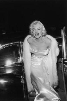 Marilyn Monroe Vintage Photos - Marilyn Monroe Birthday - Elle