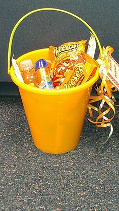 Knock Knock , Who's there? Orange. Orange who? Orange you glad it's summer!!!  Cute ideas for end of year teacher gift. All the items are orange!
