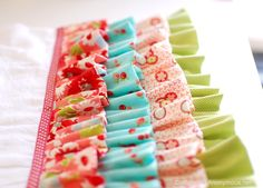 ruffle dishcloth tutorial (with loops to keep from slipping off)