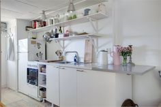 kitchens, beauti white, ikea kitchen, fastighetsbyrån, gardens, weekend retreat, interior shelv, homes, white interiors