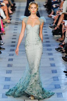 #Zac Posen --- mermaid dress.  long dresse #2dayslook #new #longfashion  www.2dayslook.com
