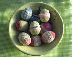 Adorable #knit Easter egg pattern.  What a great way to celebrate!