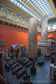 V - Victoria & Albert Museum #london #art #accorcityguide The nearest Accor hotel : Mercure London Kensington