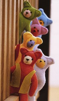 Cute bears to sew from felt @Meredith Dlatt Dlatt Kiddle Living: Bears in waistcoats: Peekaboo! These cute, cheeky bear necessities are simple enough for children to enjoy sewing, and they're also quick to make for craft fairs or stocking fillers. Create them in your favourite colours.