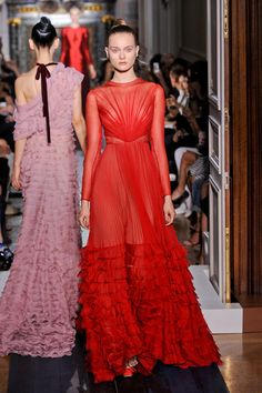 valentino, fashion week, runway, dresses, red carpet, fall 2012, gown, haut coutur, haute couture