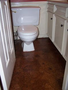 Brown Paper Floor with Red Oak stain {Compulsive...}