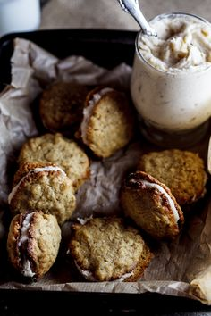 Oat Cookies with Spiced Cream Filling