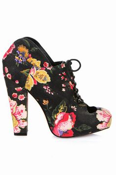 These Rodarte for Opening Ceremony booties are coming up roses