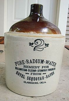 Radium Water. The jug was irradiating water in order to transmit to the liquid the beneficial effects of radioactivity.