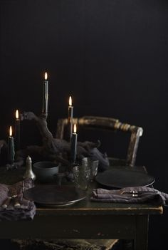 Black halloween table