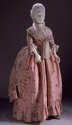 Open Robe Dress 1780, British, Made of silk taffeta