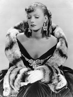Greta Garbo 1931 chinchilla costum, mashed potatoes, greta garbo, old movies, fur, classic movies, actress, old movie stars, gretagarbo