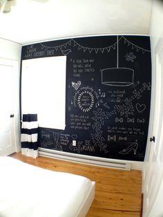 Chalkboard wall <3