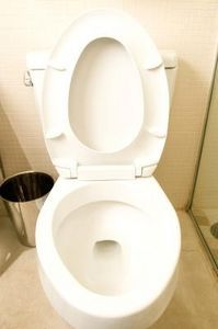 Mix 1 cup of borax, 1/4 cup of distilled white vinegar (or 1/4 cup of lemon juice) in toilet bowl. Let mixture sit for 15 minutes for light cleaning, two hours for stubborn stains. Scrub clean and flush.