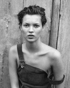 Kate Moss (photo: Peter Lindbergh).