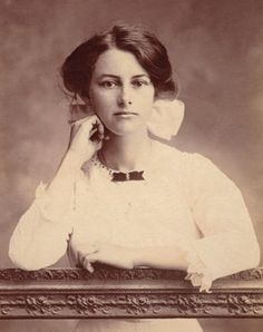 :::::::: Antique Photograph ::::::::: Beautiful young woman from Townsville, Queensland.