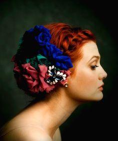 Main Style: Frida Khalo Hairstyle *****