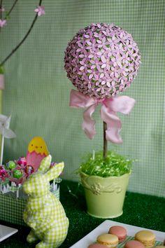 cute topiary!