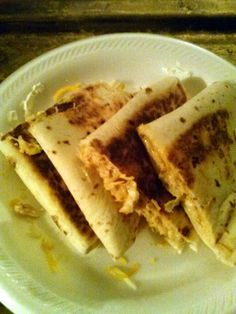 """Mae's Super Easy Chicken Quesidillas - """"Makes a great late nite snack or anytime. :ohyeaah"""" @allthecooks #recipe"""
