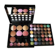 I Have This Make-Up Kit :) & Is Still Like New!