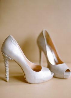 wedding shoes with a beaded heel, photo by Laura Ivanova http://ruffledblog.com/spring-minneapolis-wedding #weddingshoes