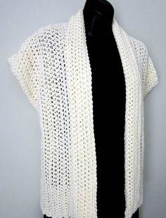 Free crochet vest pattern Beaches, Palm Beach, Crochet Sweaters, Bolero, Crochet Vests, Crochet Tops, Crochet Patterns, Yarn, Sleeves