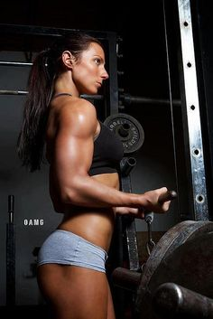 Real female bodybuilding by GROWTHatropin, via Flickr