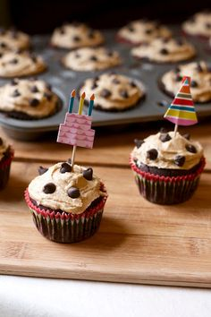Chocolate Chip Cookie Dough Cupcakes with Cookie Dough Frosting #vegan