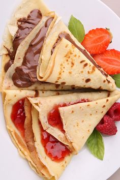 Heck yeah.  Nutella and Strawberry Jam crepes. om nom, morn munch