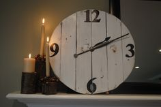 Large #DIY wood clock from fence posts or pallet wood via 2IY