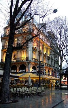 Rainy day.. Quartier Latin, Paris