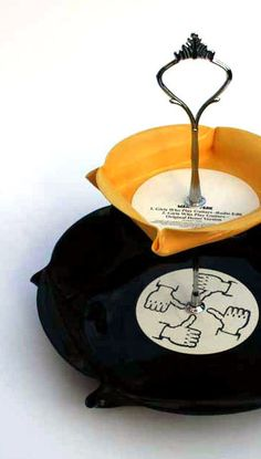 Cake Stand handmade from Recycled Vinyl Records. Good DIY idea for damaged/unwanted records.