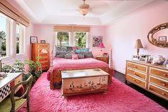 Teen bedroom.
