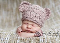 Newborn Baby Bear Beanie. So cute.