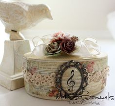 this is a beautiful decorated box using romantique paper