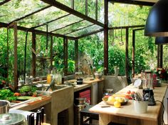 Wow! I love this greenhouse kitchen... beautiful!!!