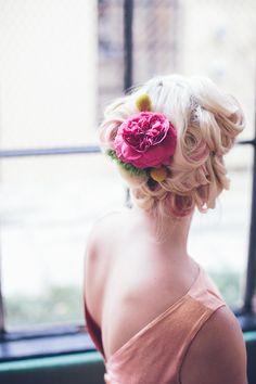 Vintage pastel tea party inspiration | Photo by Myles Katherine | 100 Layer Cake #vintage #pastel  #flowers #bridalshower