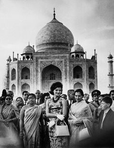 First Lady Jacqueline Kennedy visit to India's Taj Mahal, March 1962.