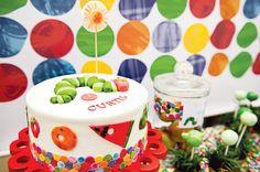 hungry-caterpillar-party-cake-fondant