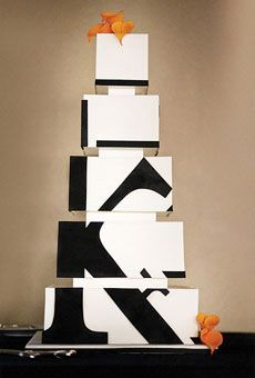 Modern black and white abstract #weddingcake - via The Simple and Chic way blog.