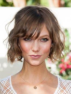Karlie Kloss bob haircut - how to curl short hair