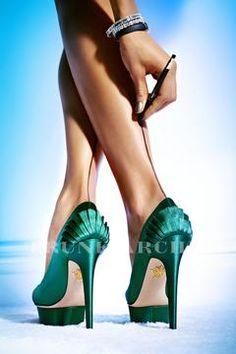 (415) ARTHUR BELEBEAU. Love love love! shoes, loosing weight, leg, frame, high heel, shoe porn, nake, exercises to slim calves, thing