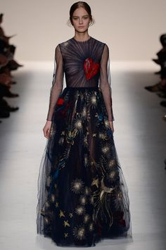 Valentino Fall 2014 Ready-to-Wear Collection Slideshow on Style.com