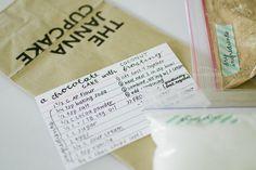 Maurine Dashney   A Mostly-Baking Lifestyle Blog: DIY Gift Idea: Cake Mix in a Bag