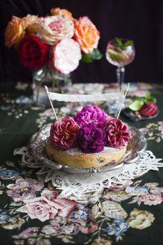 blueberry & rose yoghurt cake with recipe