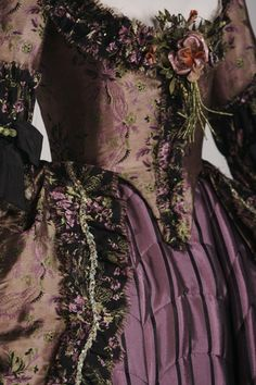 fashion, costumes, the duchess, 18th centuri, cloth, colors, dress, gowns, victorian style